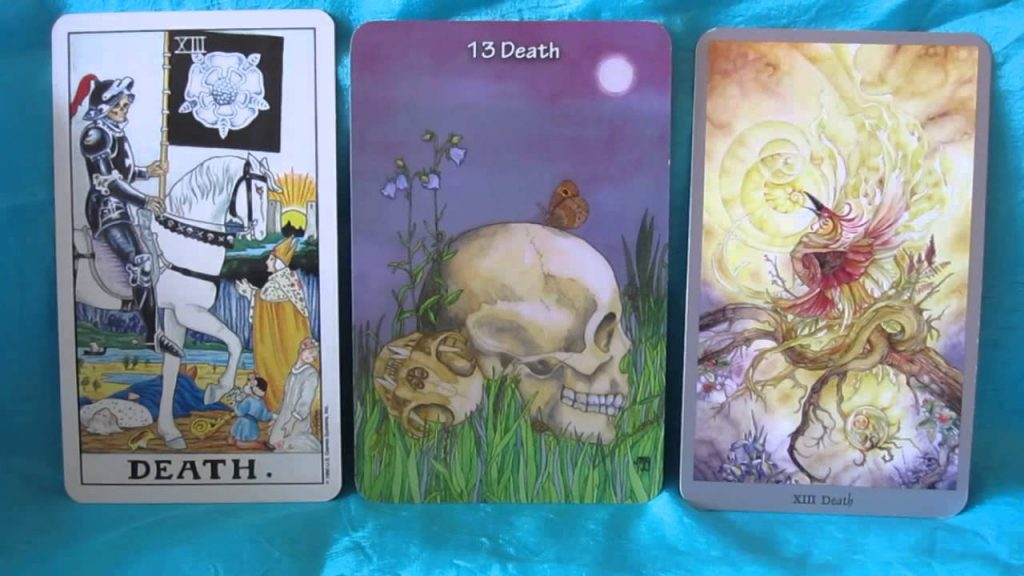 How to Read Tarot Cards in Different Decks