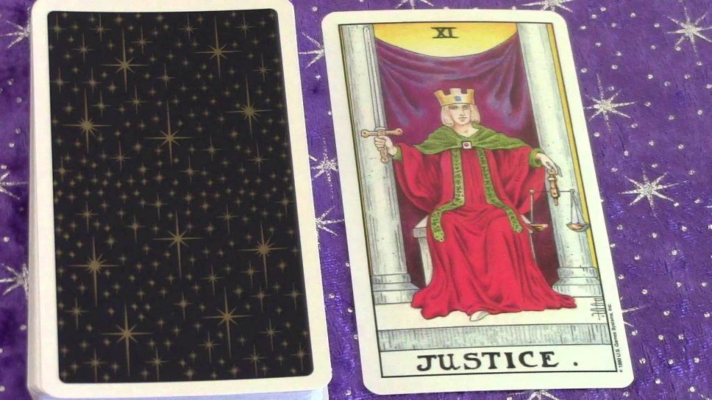 Justice Major Arcana #11 – Meaning and understanding in a Tarot Card Reading